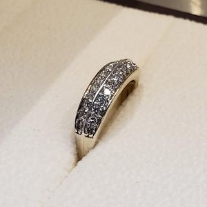 Jewelry - Size 7 gold plated diamond ring